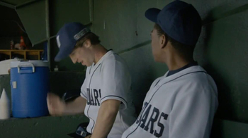 Capital One TV Spot, 'Baseball Banter: Bedazzled' - Thumbnail 3
