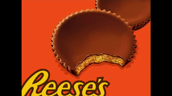 Reese's TV Spot, 'Two Reese's Cups' - Thumbnail 6