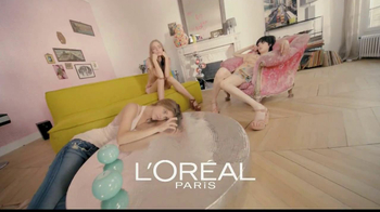 L'Oreal Healthy Look Creme Gloss TV Spot Featuring Barbara Palvin - Thumbnail 1