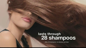 L'Oreal Healthy Look Creme Gloss TV Spot Featuring Barbara Palvin - Thumbnail 5