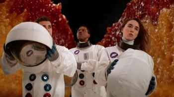 Little Caesars Deep, Deep Dish Pizza TV Spot, 'Shrunken Scientists' - Thumbnail 8