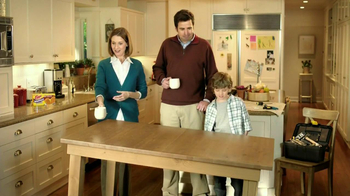 Eggo Wafflers TV Spot, 'Crooked Table' - Thumbnail 3