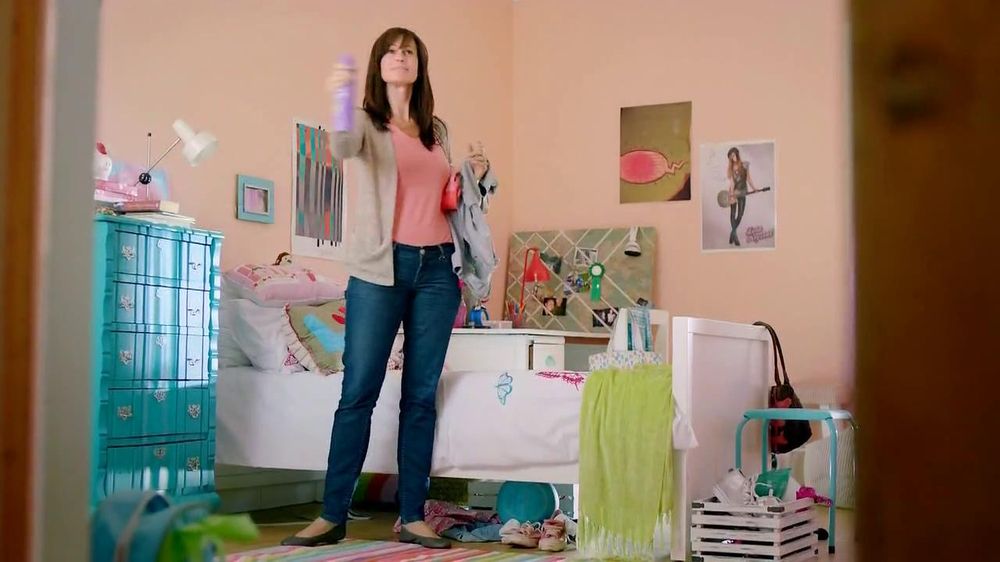 Lysol Disinfectant Spray TV Commercial, 'Perfuming vs Healthing'