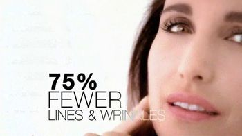 L'Oreal Visible Lift TV Spot 'Serious Business' Feat. Andie MacDowell - Thumbnail 6