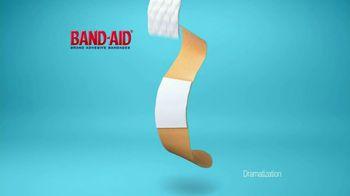 Band-Aid TV Spot, 'Quiltvent'  - Thumbnail 4