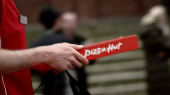 Pizza Hut TV Spot, 'Hut Lovers Deal' - Thumbnail 6