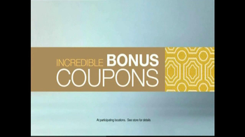 La-Z-Boy Bonus Coupon Sale TV Spot, 'No Pressure Zone' Feat. Brooke Shields - Thumbnail 9