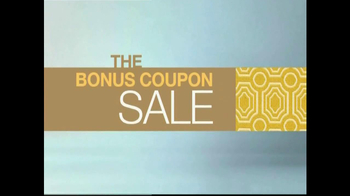 La-Z-Boy Bonus Coupon Sale TV Spot, 'No Pressure Zone' Feat. Brooke Shields - Thumbnail 8