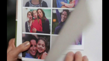 Shutterfly TV Spot, 'Mother's Day' - Thumbnail 9