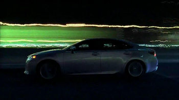Lexus ES 350 TV Spot, 'Lights' - Thumbnail 6