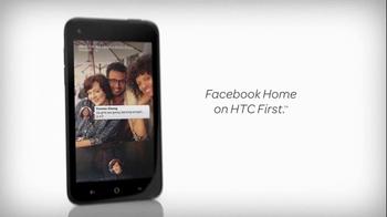 AT&T TV Spot, 'Checking Facebook at a Museum' - Thumbnail 9