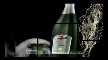 Martini and Rossi Asti TV Spot, 'Fountain' - Thumbnail 9