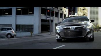 2013 Toyota Avalon TV Spot, 'Mission' Featuring Idris Elba - Thumbnail 8