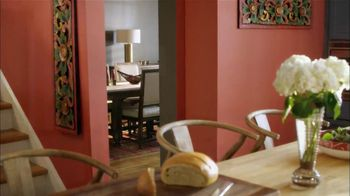 HGTV HOME by Sherwin-Williams TV Spot, 'Color Flow' Feat. David Bromdstad - Thumbnail 6