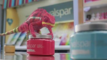Valspar Signature TV Spot, 'Chameleons: It Says Blue' - Thumbnail 3