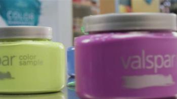 Valspar Signature TV Spot, 'Chameleons: It Says Blue' - Thumbnail 4