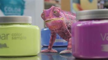 Valspar Signature TV Spot, 'Chameleons: It Says Blue' - Thumbnail 5