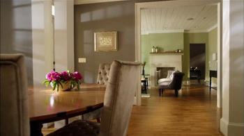 Sherwin-Williams TV Spot, 'Color and Wallpaper' Feat. David Bromstad - Thumbnail 6