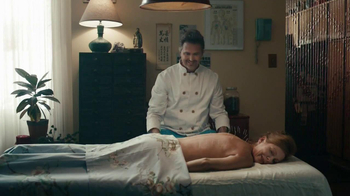 Holiday Inn Express TV Spot, 'Acupuncture' - Thumbnail 4