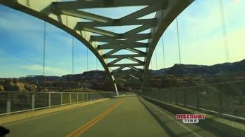 Discount Tire TV Spot, 'Road Trip' - Thumbnail 4