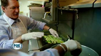 Feeding America TV Spot, 'Fox Sports' Featuring Terry Bradshaw - Thumbnail 7