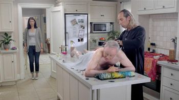 Clorox Disinfectant Wipes TV Spot, 'The Healer'