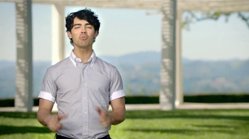 ACUVUE 1-Day Contest TV Spot, Featuring Joe Jonas - Thumbnail 5