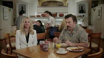 Priceline.com TV Spot, 'Free Breakfast' Featuring Kaley Cuoco - Thumbnail 1