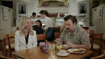Priceline.com TV Spot, 'Free Breakfast' Featuring Kaley Cuoco - Thumbnail 2