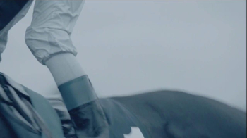Longines TV Spot, 'At the Heart of Passion' - Thumbnail 8