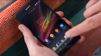 Sony Mobile Xperia Z TV Spot, 'Sound and Vision' Song by David Bowie - Thumbnail 8