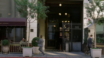 Bank of America BankAmeriDeals TV Spot, 'Anniversary' - Thumbnail 7