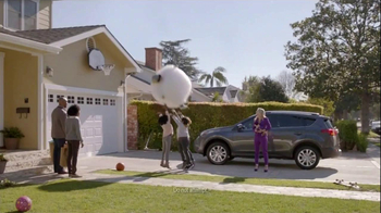 Toyota RAV4 TV Spot, 'Child Safety' Ft Kaley Cuoco, Song by Skee-Lo - Thumbnail 9