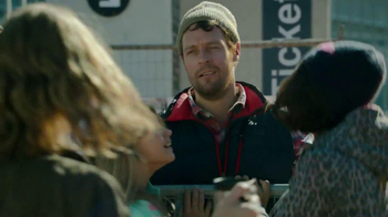 Coffee-Mate TV Spot, 'Concert Line' - Thumbnail 8