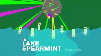 Trident Spearmint TV Spot, 'Skinny Dipping' - Thumbnail 9