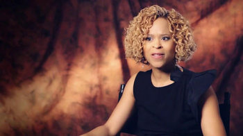 CoverGirl TV Spot, 'Leading Women Defined' Featuring Esi Eggleston Bracey