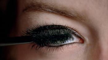 Revlon Lash Potion Mascara TV Spot Featuring Emma Stone - Thumbnail 3