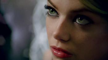 Revlon Lash Potion Mascara TV Spot Featuring Emma Stone - Thumbnail 4