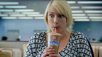 Dunkin' Donuts Iced Coffee Mint Chocolate Chip TV Spot, 'Ice Cream Time' - Thumbnail 5