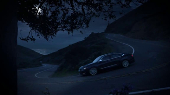 2014 Chevrolet Impala TV Spot, 'Drive-In Theater' Song by Frank Sinatra - Thumbnail 8