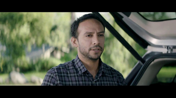 2013 Ford Escape TV Spot, 'Bed or Breakfast' - Thumbnail 3
