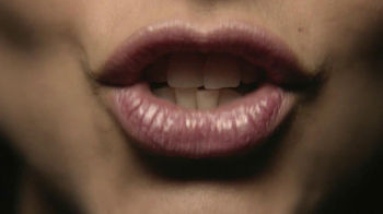 Häagen-Dazs Gelato Stracciatella TV Spot, 'Pronunciation' - Thumbnail 7