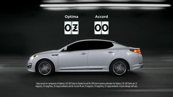 2013 Kia Optima TV Spot, 'Keeping Score' - Thumbnail 6