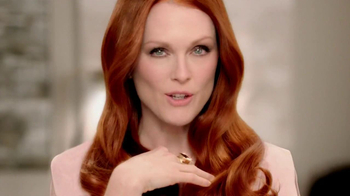 L'Oreal Superior Preference TV Spot Featuring Julianne Moore - Thumbnail 3