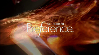 L'Oreal Superior Preference TV Spot Featuring Julianne Moore - Thumbnail 5