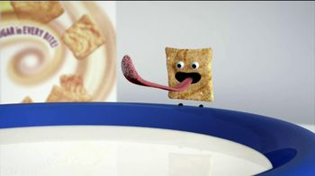 Cinnamon Toast Crunch TV Spot , 'Crazy Square Fishing' - Thumbnail 2