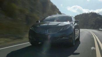 Lincoln MKZ Hybrid TV Spot, 'Harmony from Chaos'