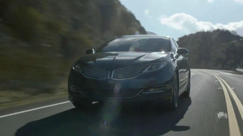 Lincoln MKZ Hybrid TV Spot, 'Harmony from Chaos' - 593 commercial airings