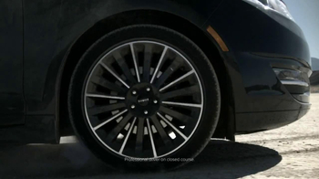 Lincoln MKZ Hybrid TV Spot, 'Harmony from Chaos' - Thumbnail 3