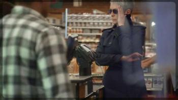 Activia Greek TV Spot, 'Greek Affair' Featuring Jamie Lee Curtis - Thumbnail 3